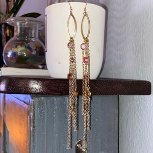 Gorgeous dangling earrings. 6.5 in length